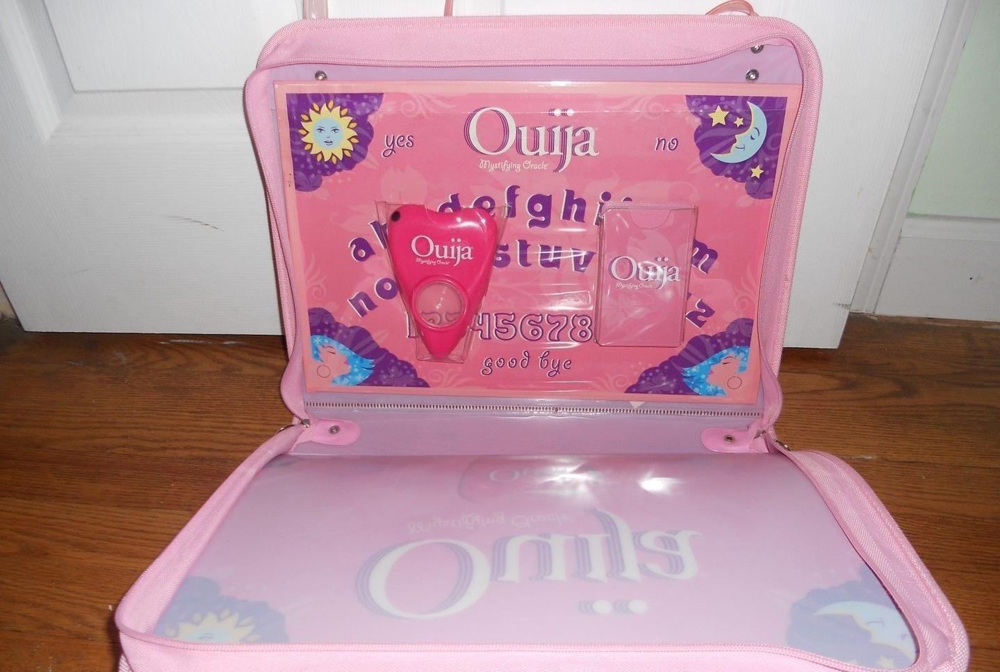ouija-board-pink-hasbro-mystifying_1_8abf338cd9333604c70f931e512ac8cd (2)