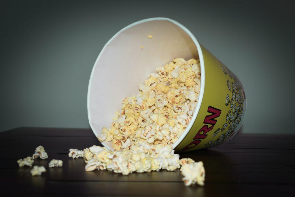 Popcorn Photo by Lynda Sanchez on Unsplash